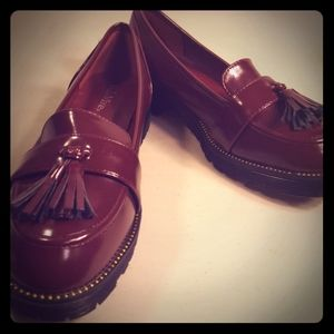 womans NEW Maroon Bella Marie loafer size 8